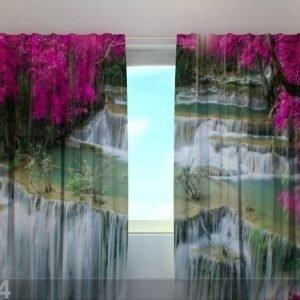 Wellmira Puolipimentävä Verho Flowers At The Waterfall 220x240 Cm