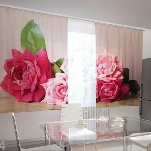 Wellmira Puolipimentävä Verho Garden Roses 200x120 Cm
