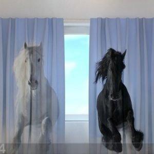 Wellmira Puolipimentävä Verho Horses 1